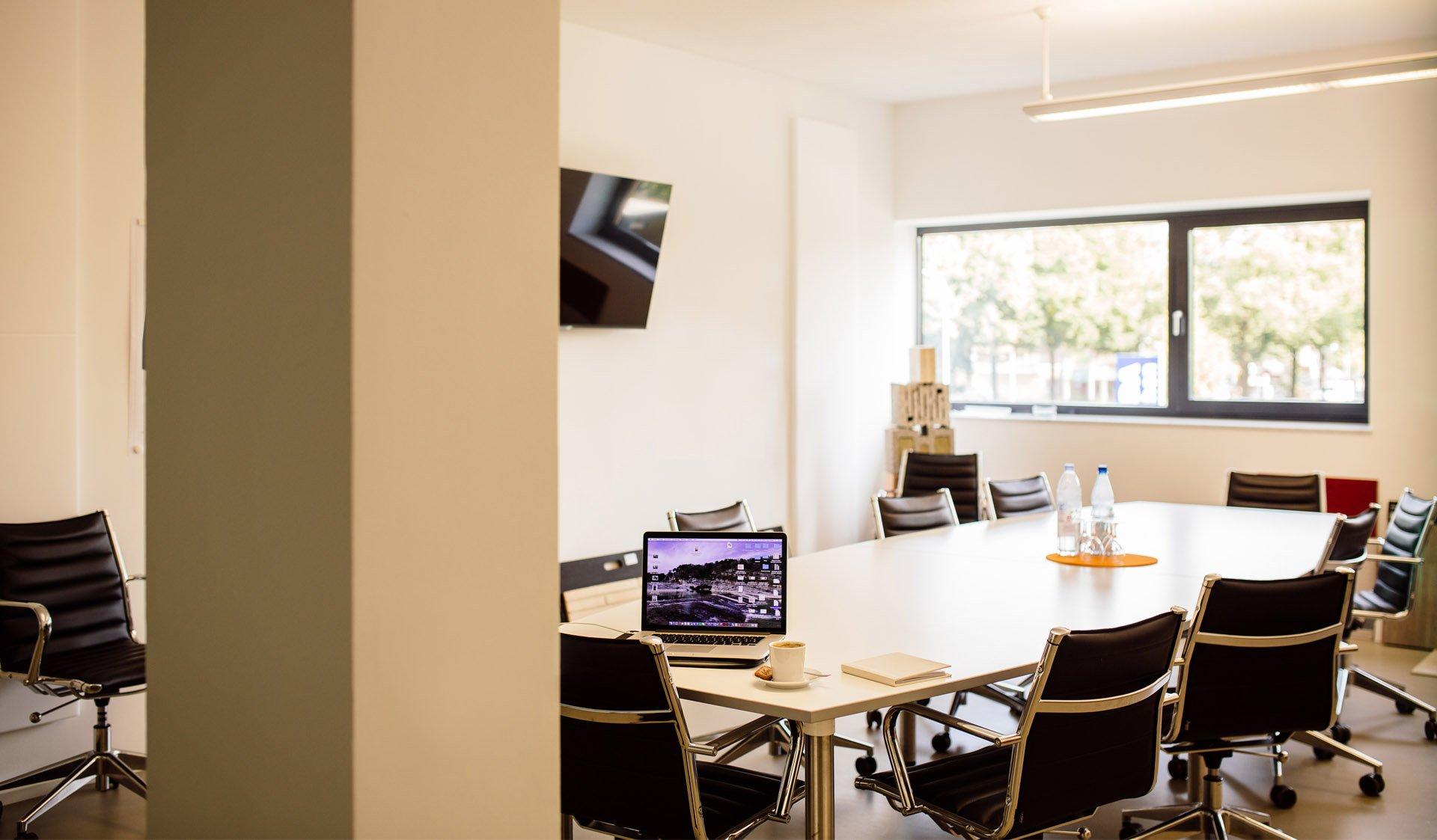 Besprechungsraum in einem Bürogebäude