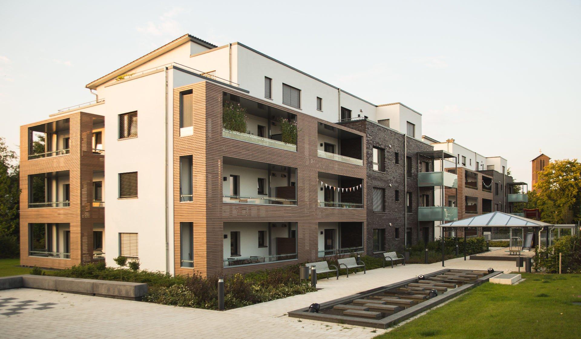 Häuser mit Balkon